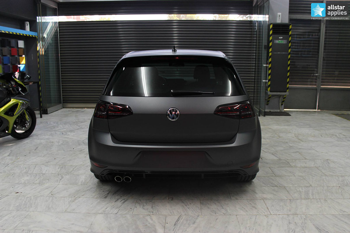Golf 7 R-line - Dark Grey Matte (12)