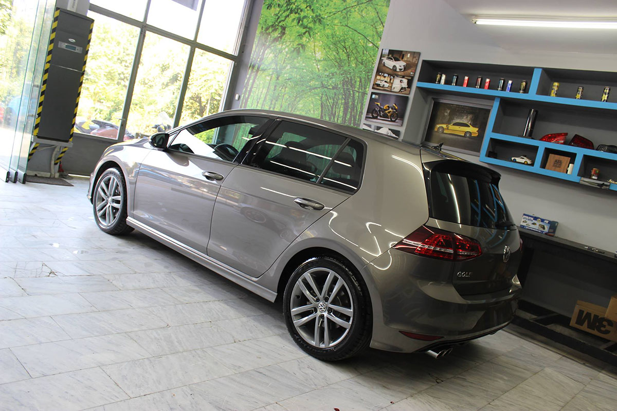 Golf 7 R-line - Dark Grey Matte (14)