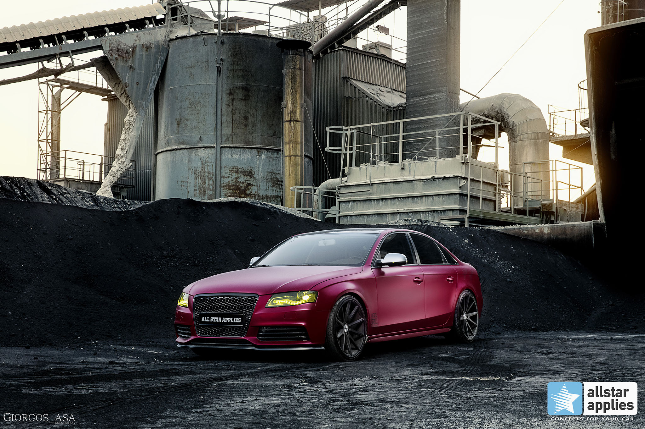Audi A4 - Cherry Red Chrome (1)
