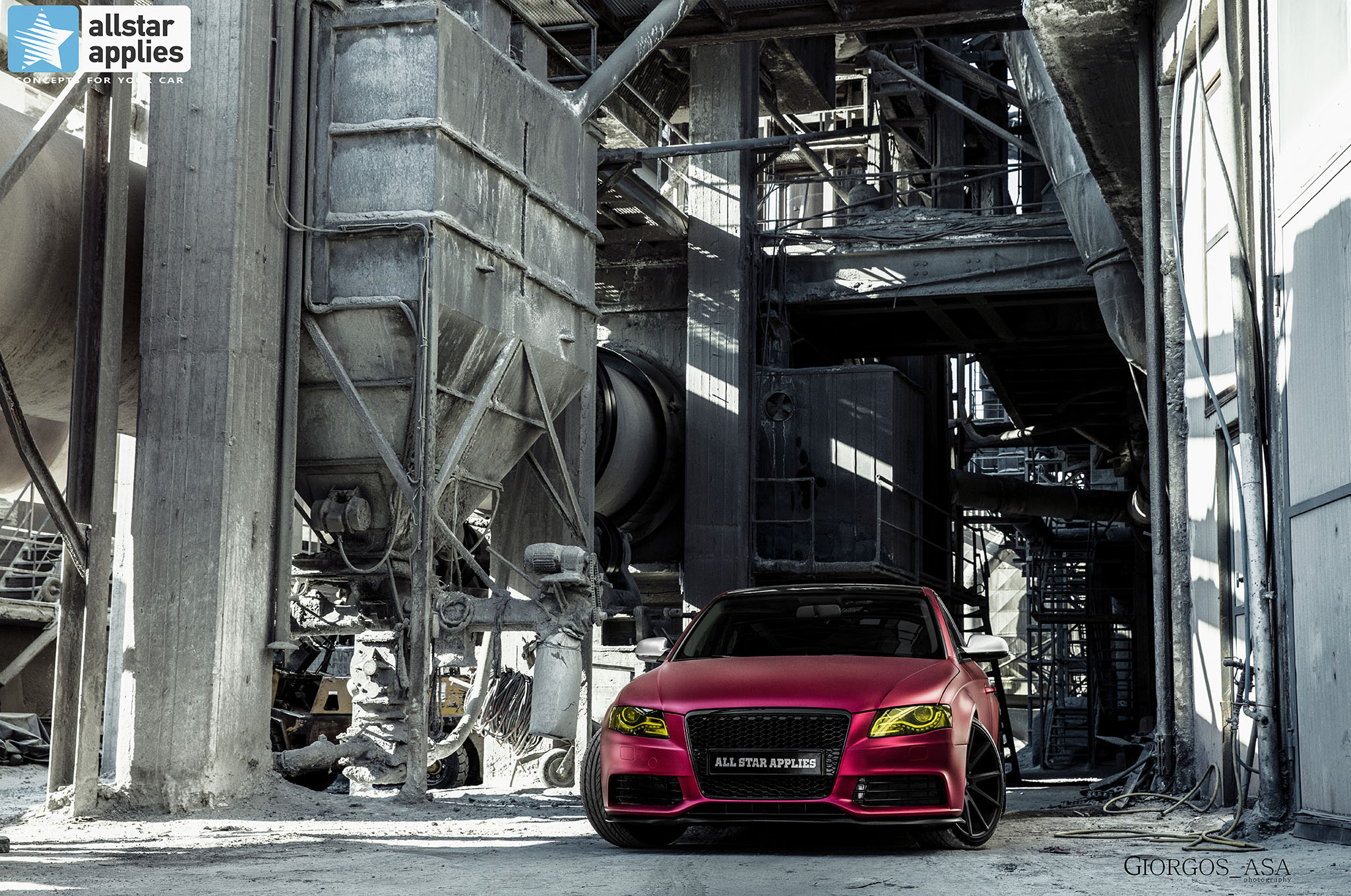 Audi A4 - Cherry Red Chrome (3)