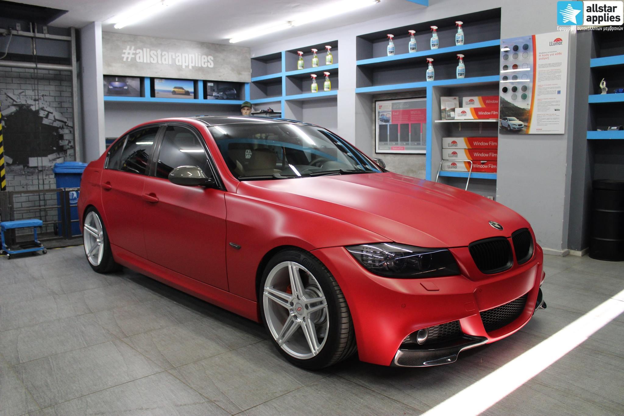 BMW E90 M-Pack - Satin Imperial Red (1)