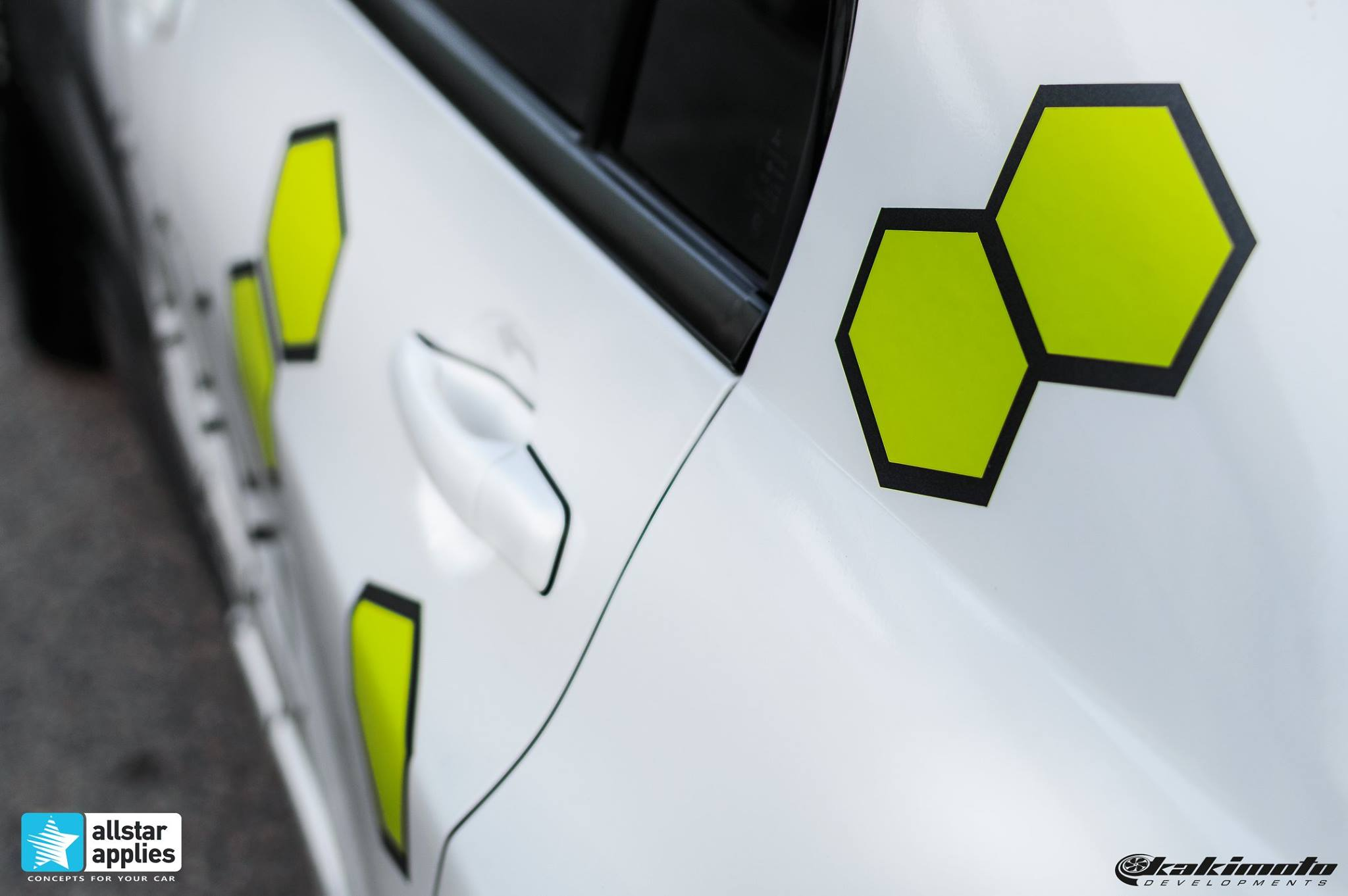 Mitsubishi Evo 7 - Honeycomb Design (14)