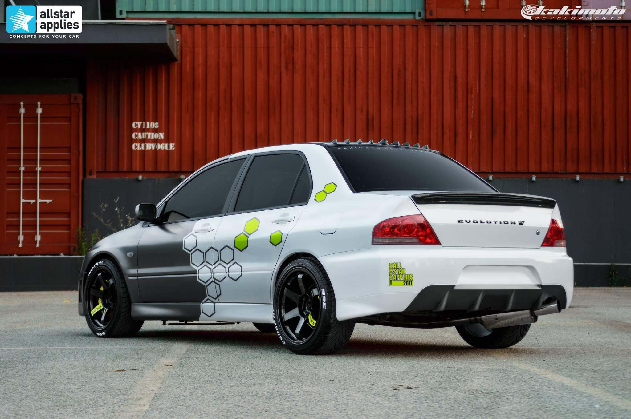 Mitsubishi Evo 7 - Honeycomb Design (2)