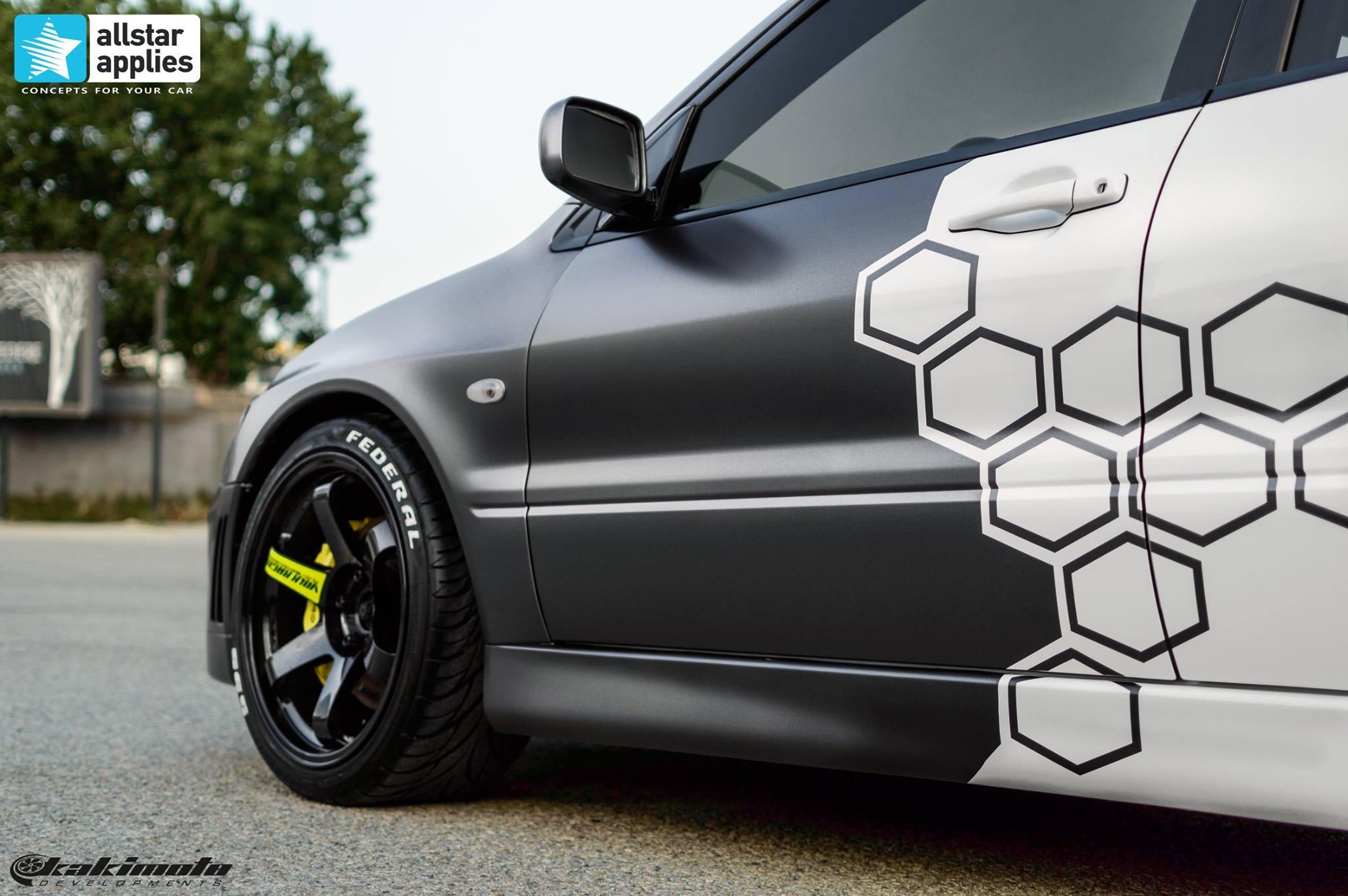 Mitsubishi Evo 7 - Honeycomb Design (9)