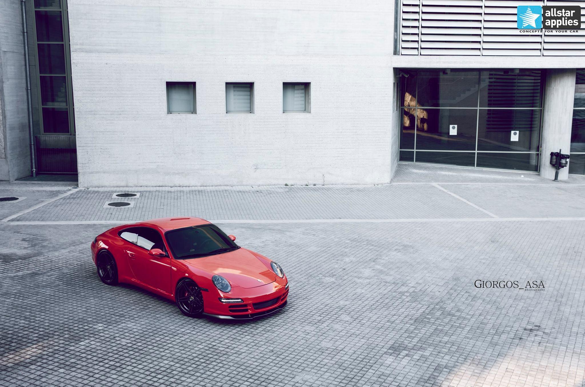 Porsche Carrera 4S - Redhot Gloss (1)