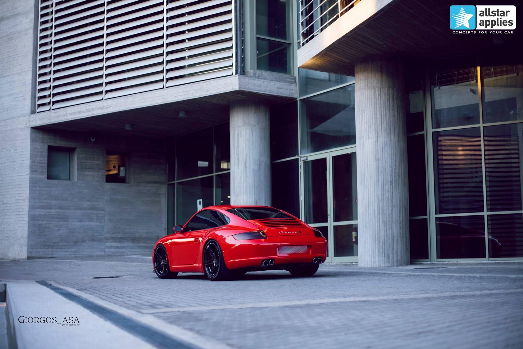 Porsche Carrera 4S - Redhot Gloss (2)