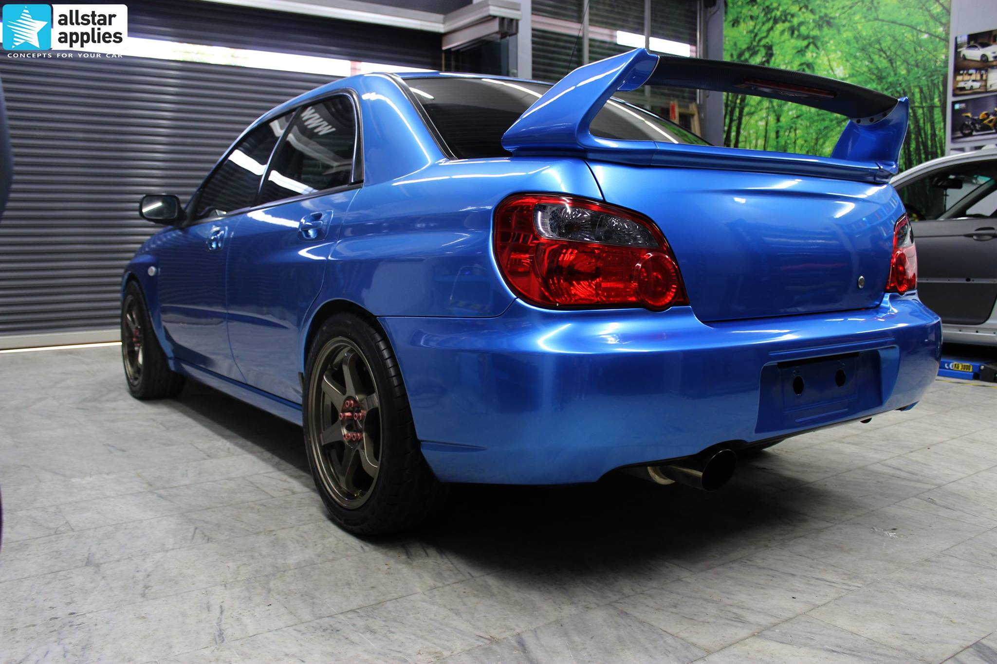 Subaru Sti - Gloss Blue Metallic (2)