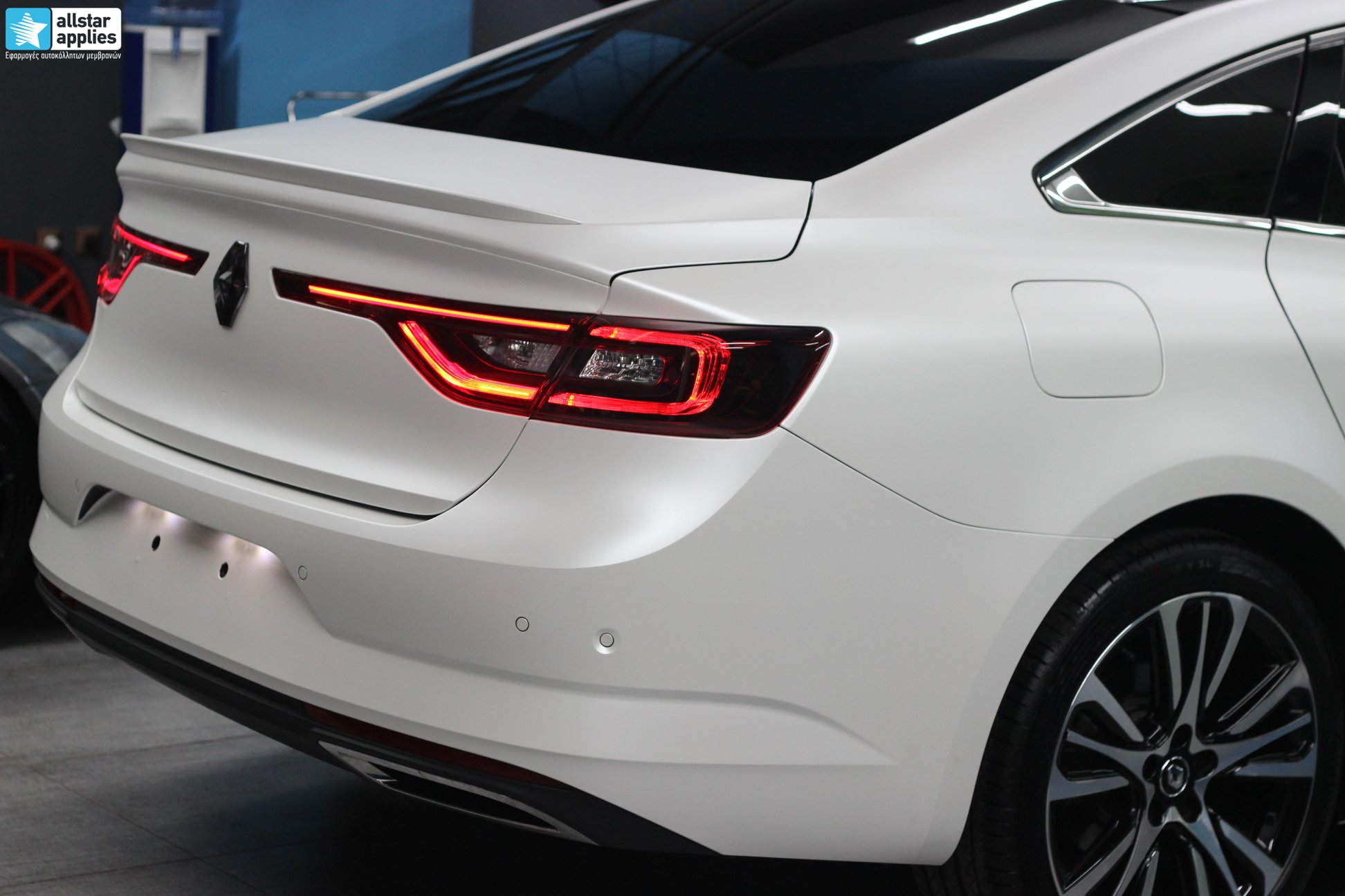 Renault Talisman - Satin Pearl White (9)