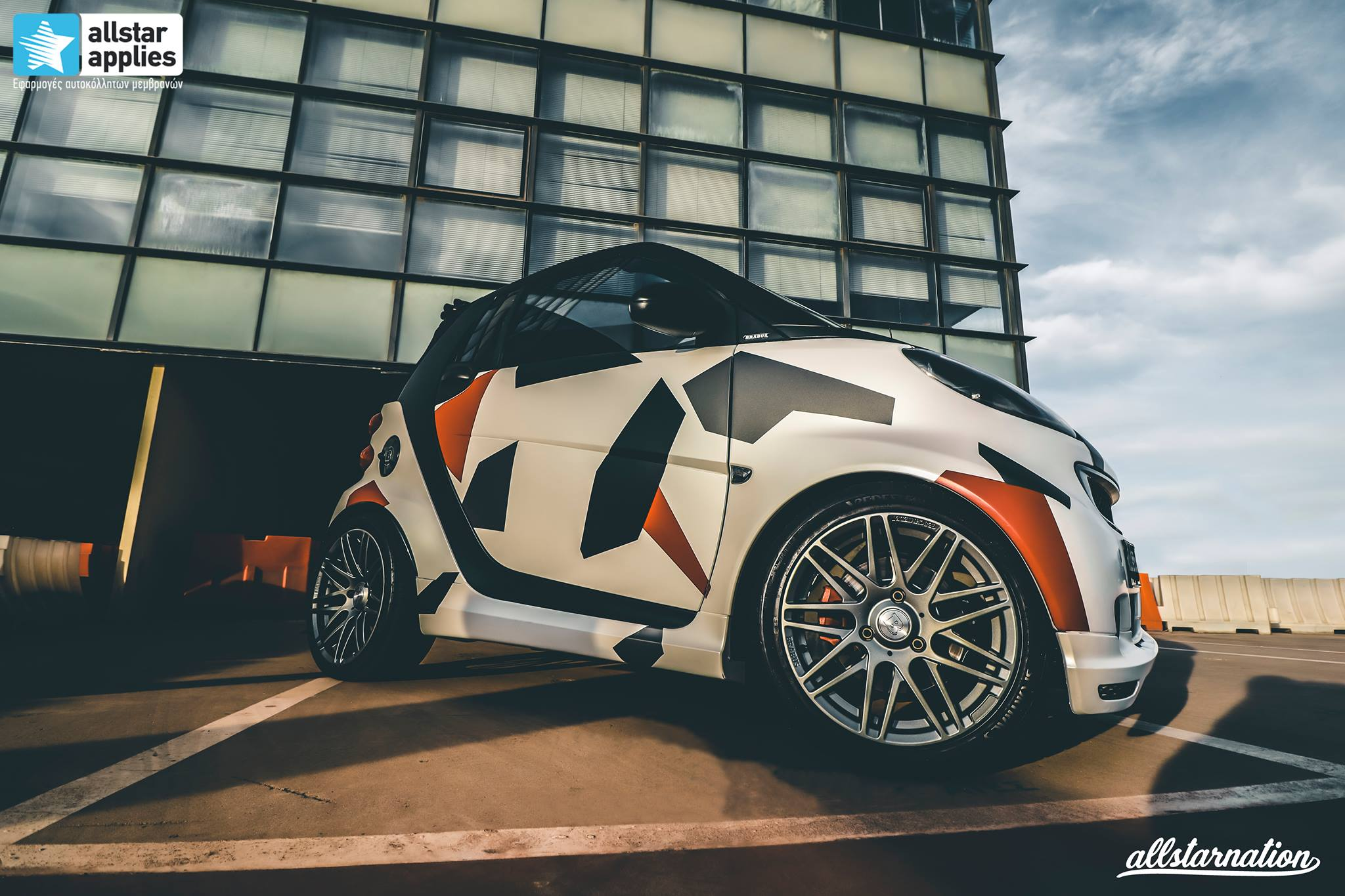 ντύσιμο αυτοκινήτου με αυτοκόλλητα καμουφλάζ Θεσσαλονίκη