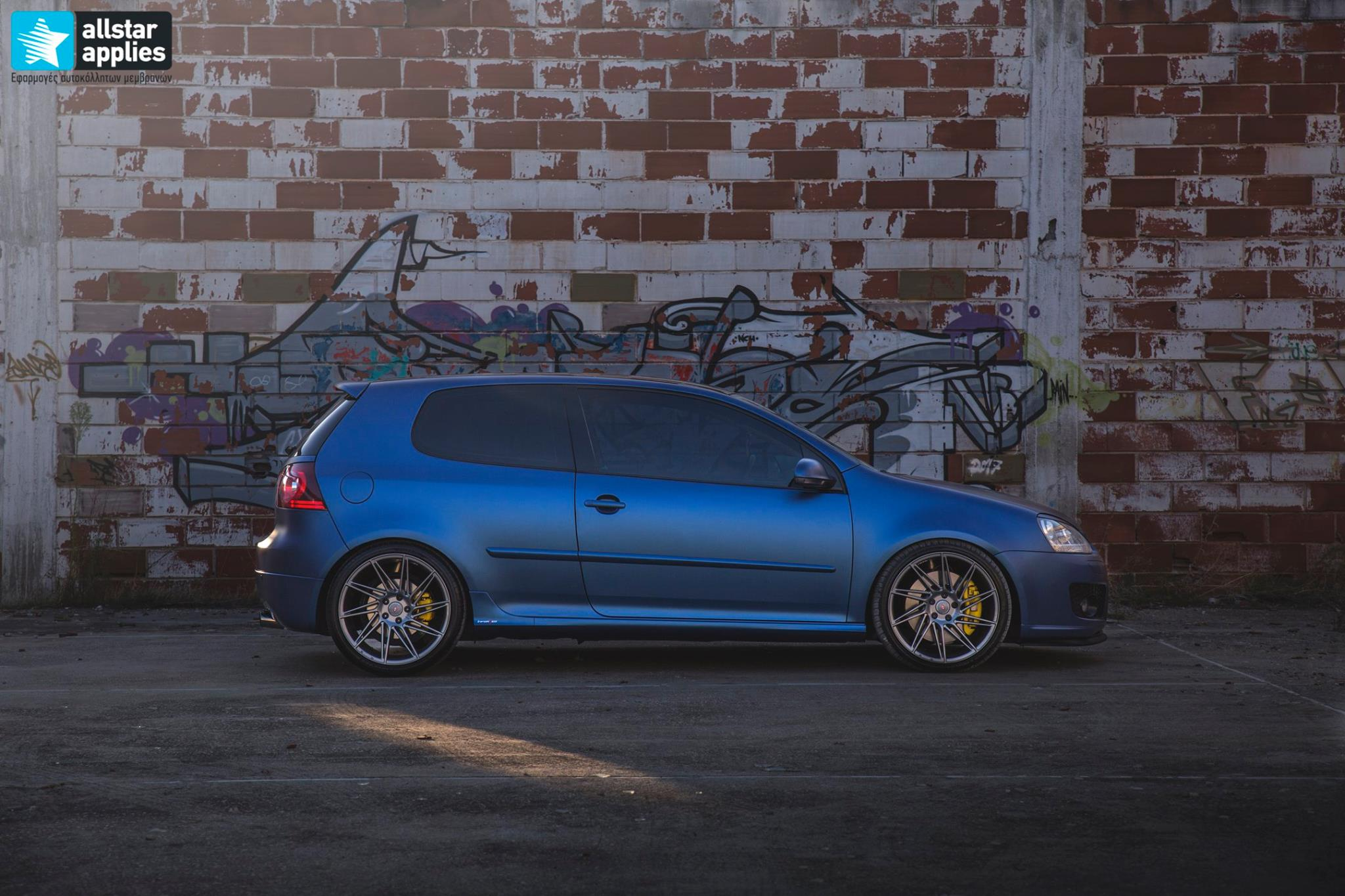 VW Golf 5 - Matt Trenton Blue (2)