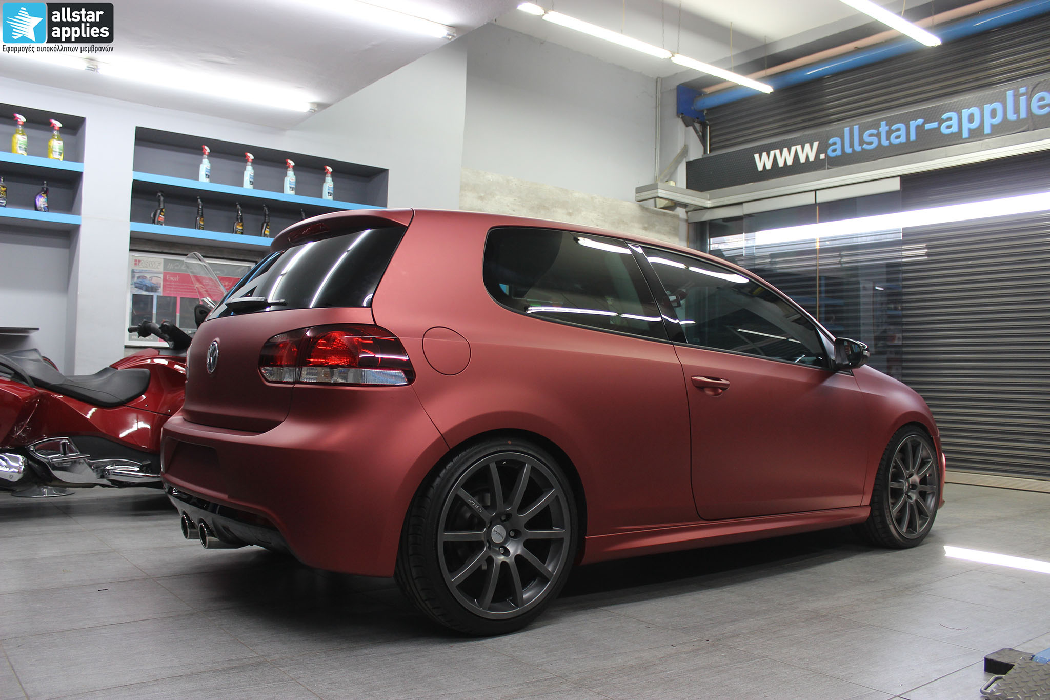 VW Golf 6 - Anodized Red (14)