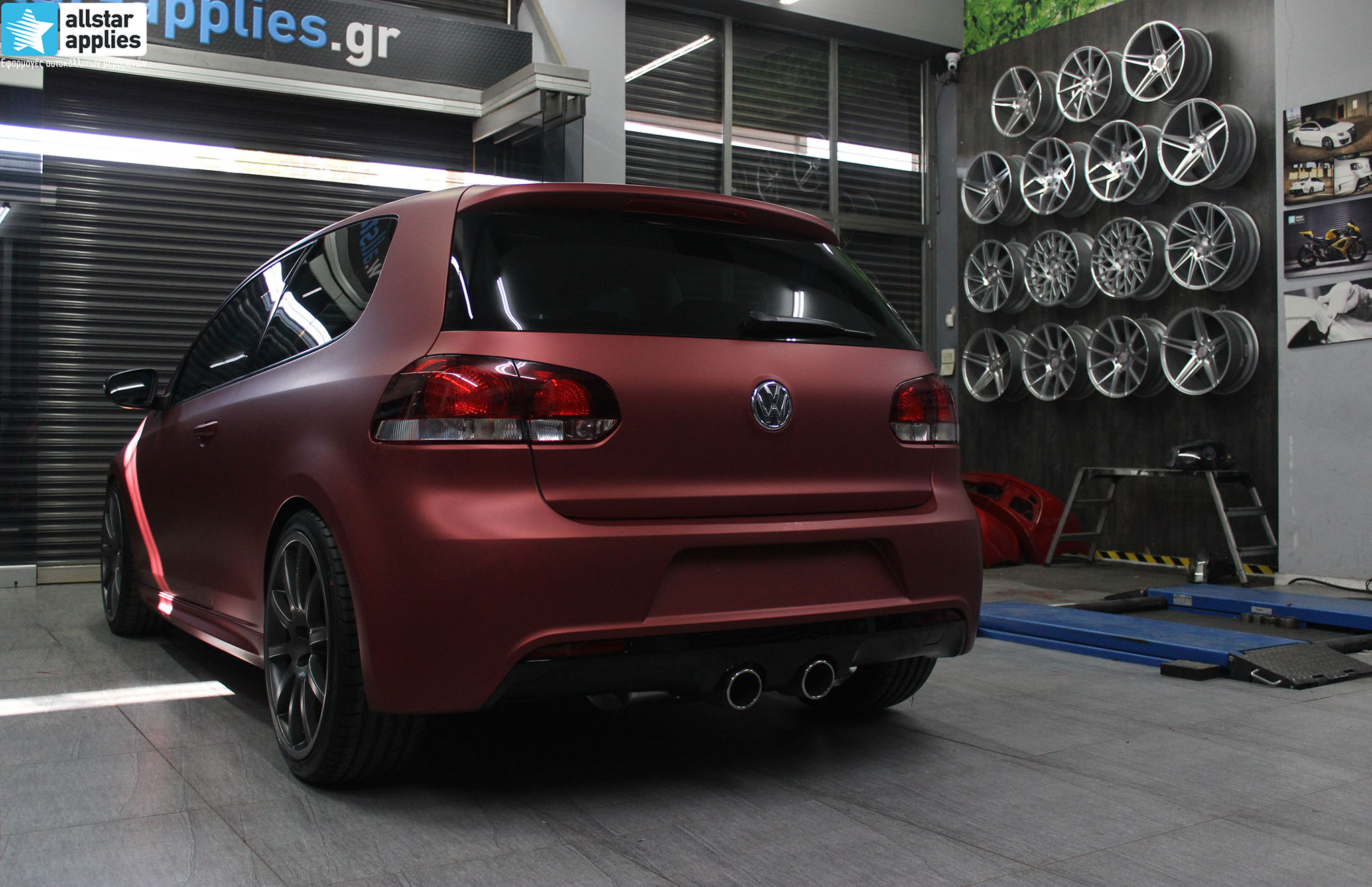 VW Golf 6 - Anodized Red (16)