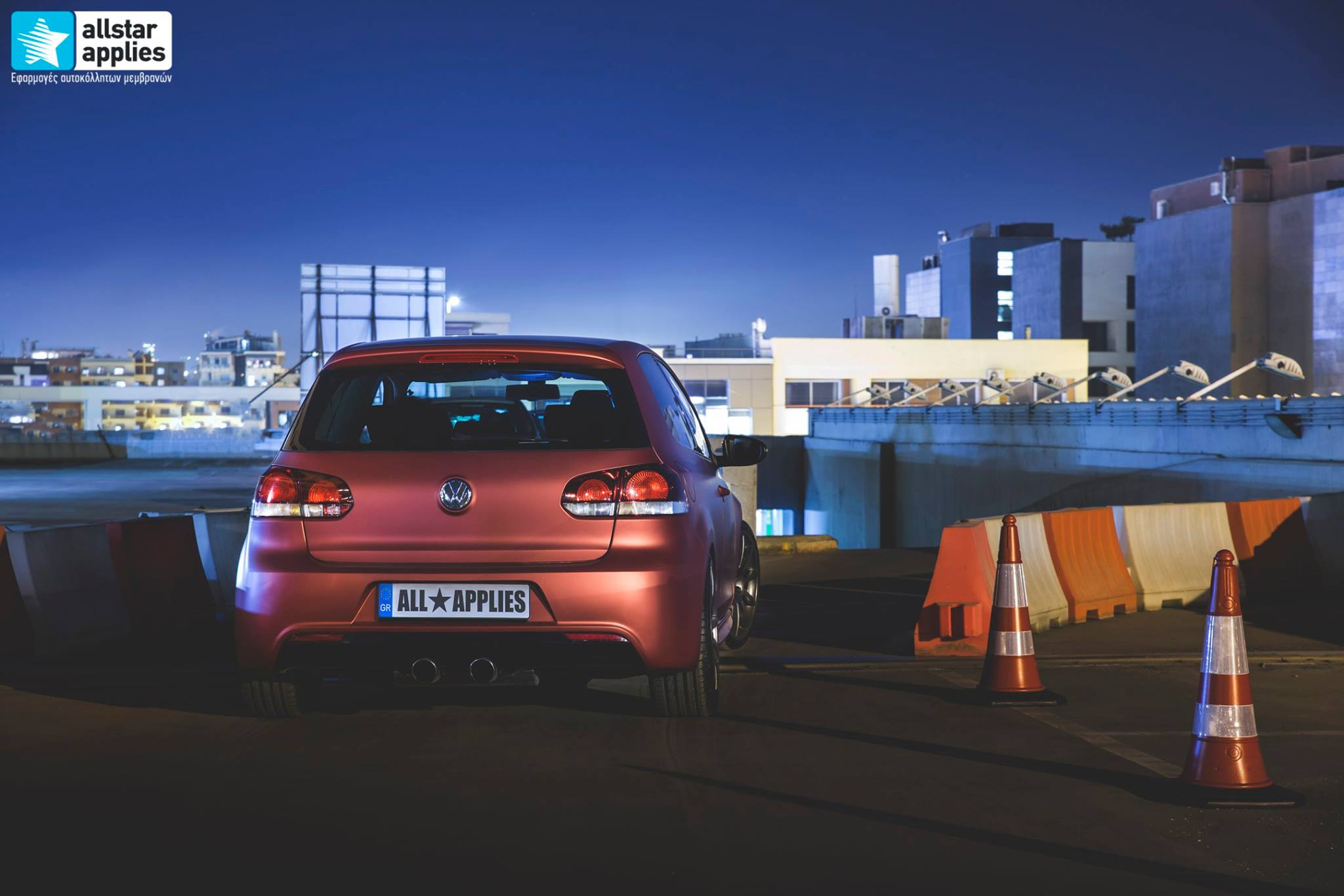VW Golf 6 - Anodized Red (8)