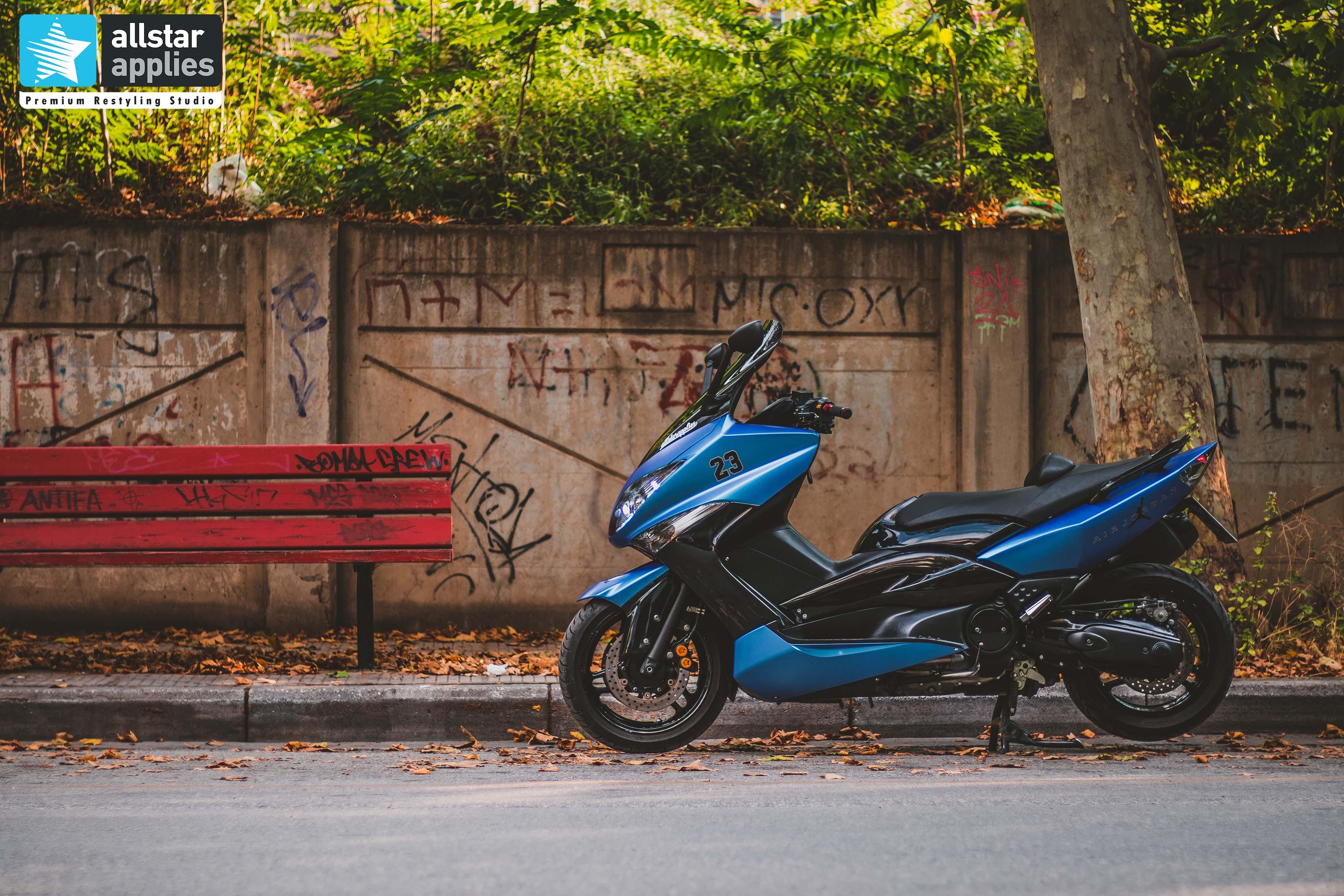 αλλαγή χρώματος με αυτοκόλλητα σε Tmax 500 allstar applies Θεσσαλονίκη