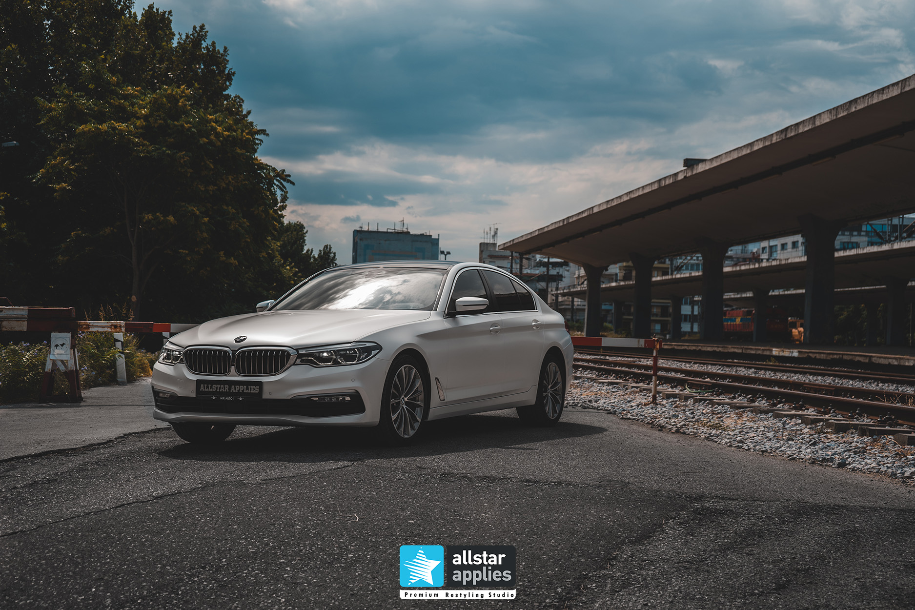 BMW 5 SERIES PWF WHITE 1